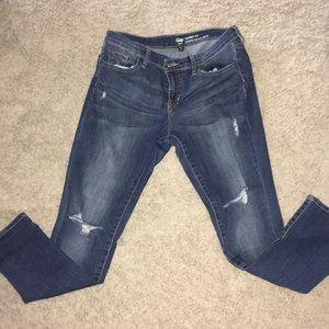 Distressed short Gap Jeans